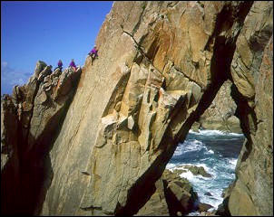 Climbers on Diamond Solitaire (VS), Lundy